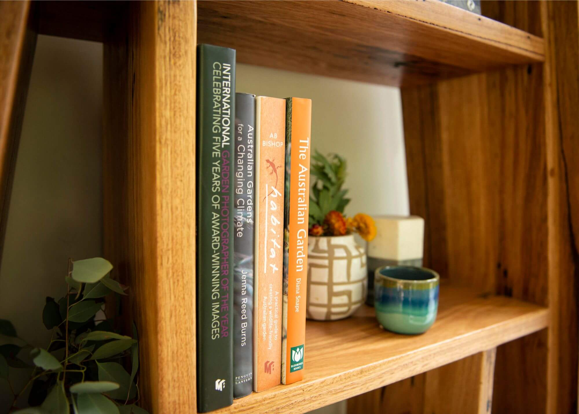 Bookshelf vignette - Melbourne Interior Styling - Leeder Interiors