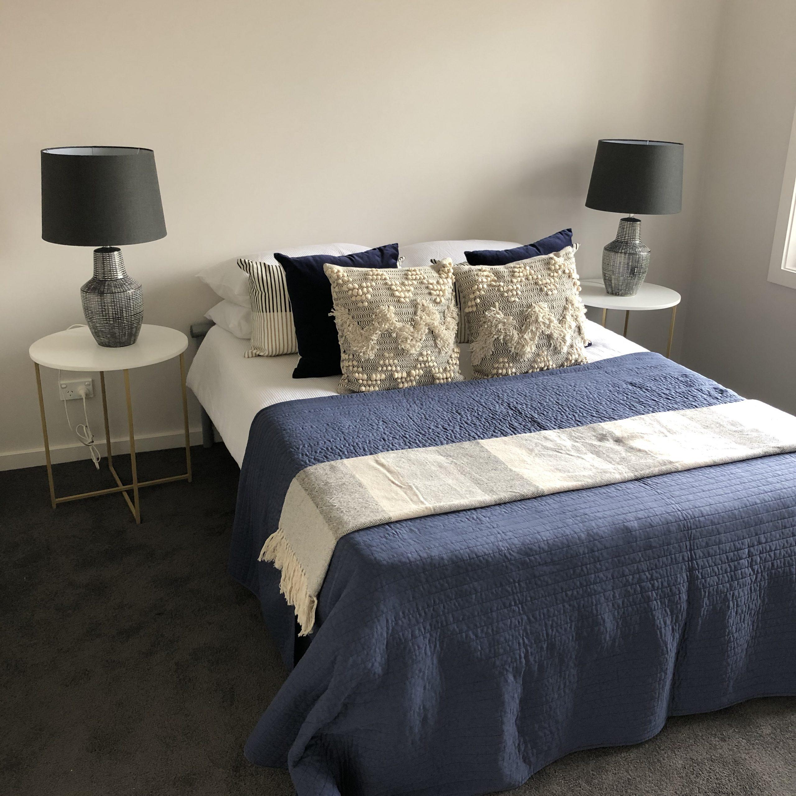 Contemporary blue bedroom - Melbourne Interior Design - Leeder Interiors
